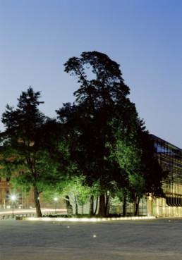 STrauma Landschaftsarchitektur Berlin landscape architects Marstallplatz München bei Nacht