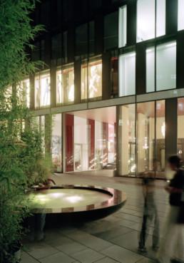 STrauma Landschaftsarchitektur Berlin landscape architects Marstallplatz München Wasserschale