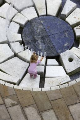STrauma Landschaftsarchitektur Berlin landscape architects Fußgängerzone Wolfsburg Wasserspiele Springbrunnen