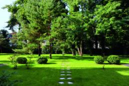 STrauma Landschaftsarchitektur Berlin landscape architects Brahmsstrasse Berlin Park üppiges Grün