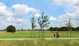 STrauma Landschaftsarchitektur Berlin landscape architects Fischbeck Neugraben Impression Besucher Wanderer